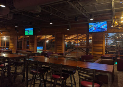 restaurant with audiovisual systems